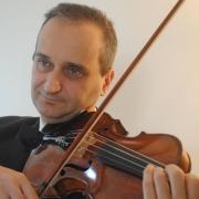 Salvo - Online Viola Violin  teacher