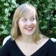 Amelia - Online Flute Piccolo Recorder  teacher