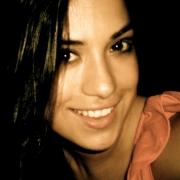 Valentina - Online Guitar Piano Composition Voice  teacher