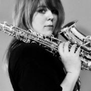 Laura - Online Piano Clarinet Flute Recorder Saxophone  teacher