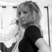 Elisa - Online Harp  teacher