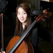Angela - Online Cello  teacher