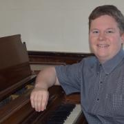 Aaron - Online Piano Drumset Marimba Percussions Vibraphone Xylophone Recorder  teacher