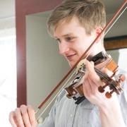 Liam - Online Viola Violin  teacher