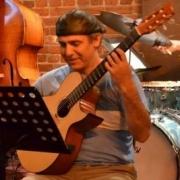 Martin - Online Trumpet Classical Guitar Electric Bass Electric Guitar Guitar Ukulele Composition  teacher