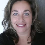 Laura - Online Piano Voice  teacher