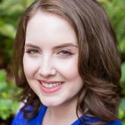 Julia - Online Voice  teacher