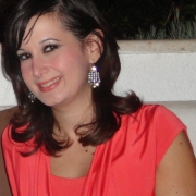 Nadine - Online Piano  teacher