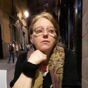 Renata - Online Piano Violin  teacher