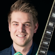 Kyle - Online Classical Guitar Electric Bass Electric Guitar Guitar Mandolin Ukulele  teacher
