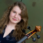 Zou Zou - Online Cello  teacher