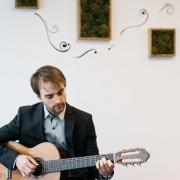 Francis - Online Guitar  teacher