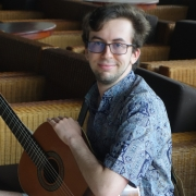 Vincent - Online Electric Bass Guitar Singer-Songwriter Ukulele Voice  teacher