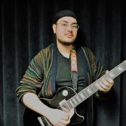 Meehan - Online Electric Bass Electric Guitar Guitar  teacher
