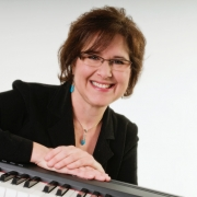 Karla - Online Piano  teacher