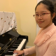 Rose  - Online Piano  teacher