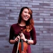 Ivy - Online Violin  teacher