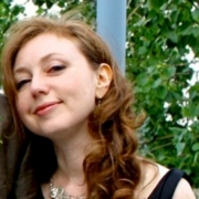 Victoria - Online Piano  teacher