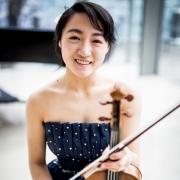 Lynn - Online Viola Violin  teacher