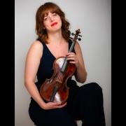 Daphne - Online Violin  teacher
