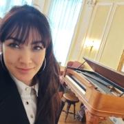 Dora - Online Piano  teacher