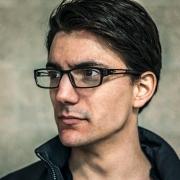 Dan - Online Piano Singer-Songwriter Voice  teacher